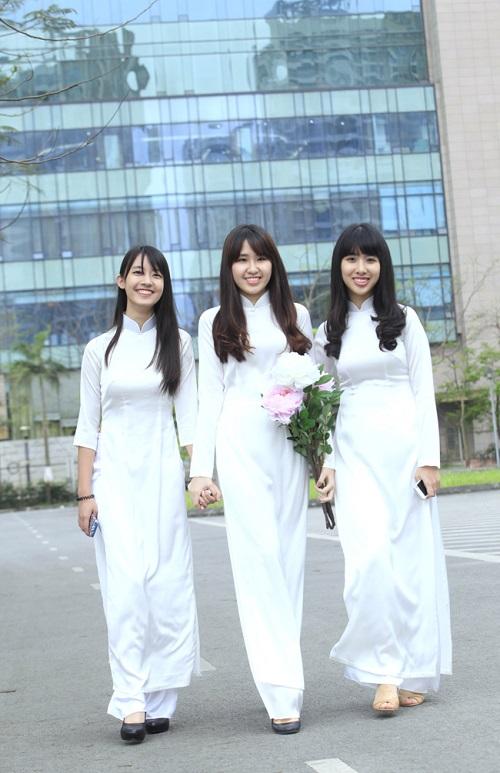 các kiểu áo dài đi học cho học sinh nữ đẹp nhất 11