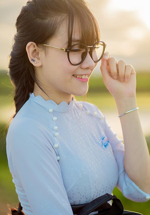 các kiểu áo dài đi học cho học sinh nữ đẹp nhất 4