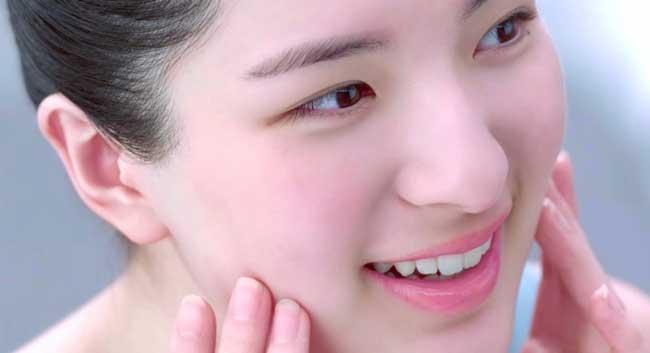 review-kem-duong-da-ban-dem-ponds-cao-cap-co-tot-khong-1