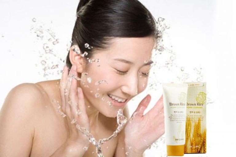 sua-rua-mat-Brown-Rice-Foam-Cleansing-co-tot-khong-03-768x512