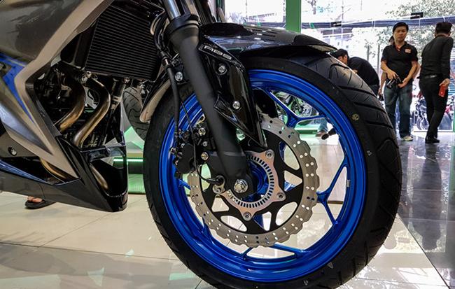 xe-Kawasaki-Z300_13