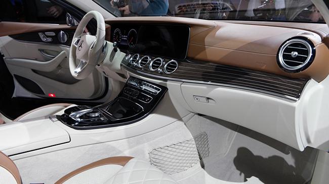 Mercedes-E-Class-2016-3-1