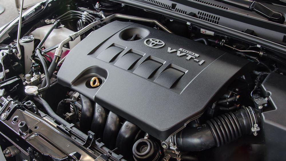 Xe-Toyota-Corolla-Altis-6