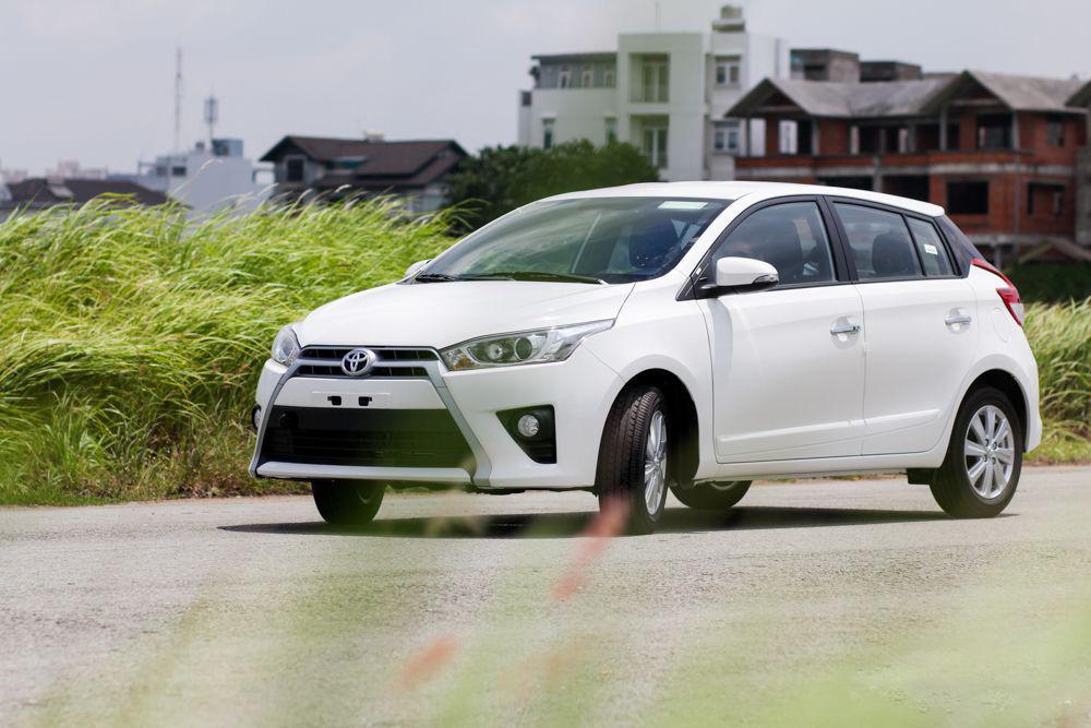 Xe-Toyota-Yaris-2