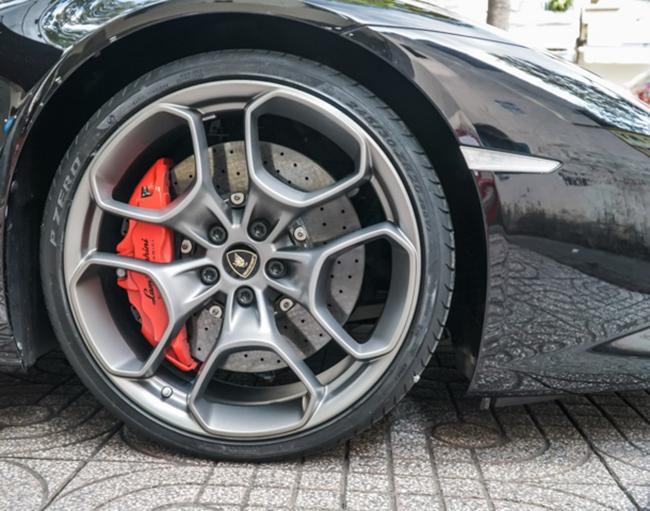 xe-Lamborghini-Huracan-LP610-4_112