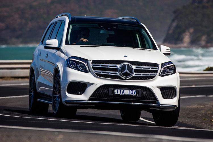 Mercedes-Benz-GLS500-front