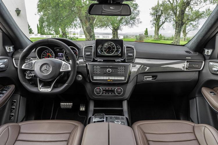 Mercedes-GLS-500-4MATIC-8