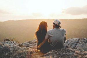 11 dấu hiệu chứng tỏ người yêu cũ vẫn còn yêu bạn sau chia tay