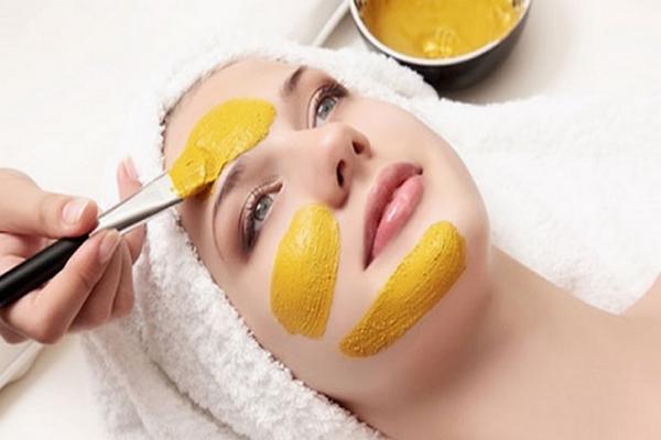 các loại mặt nạ dưỡng da từ thiên nhiên bột nghệ