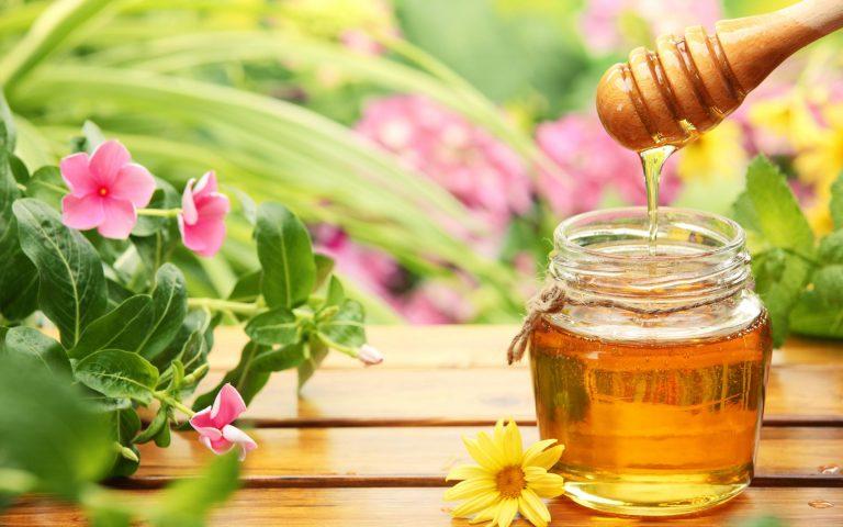 Rửa mặt bằng mật ong 3