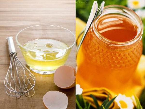 Tẩy da chết bằng trứng gà và mật ong