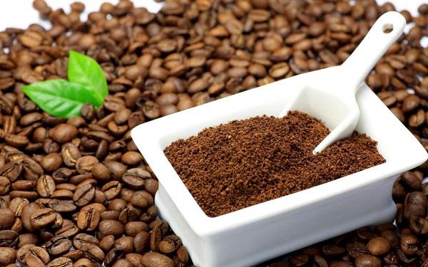 Tẩy tế bào chết bằng cafe và đường nâu
