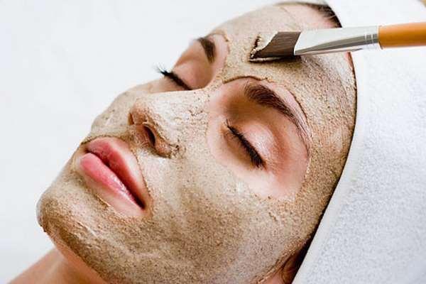 Chăm sóc da mặt khô bằng mặt nạ bột yến mạch