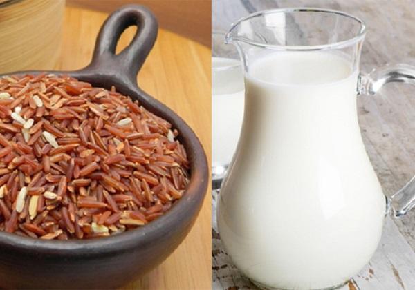 Hỗn hợp gạo lứt sữa tươi làm trắng da toàn thân