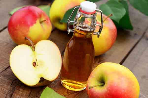 Dầu olive và giấm táo