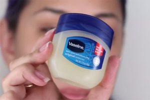 Kem dưỡng da mặt Vaseline có tốt không? Review chi tiết kem Vaseline