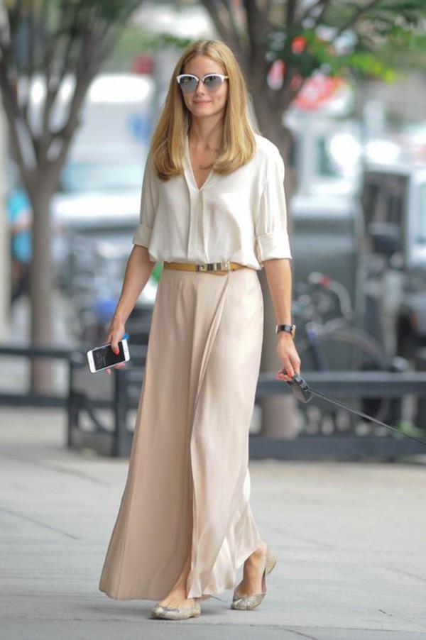 Đầm maxi với giày bép bê nữ tính