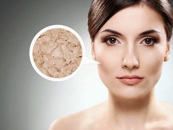 Tẩy da chết khi da mặt còn khô