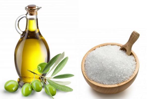 Tẩy da chết bằng dầu oliu và đường