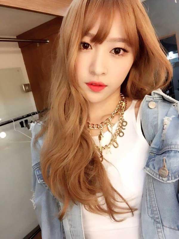 tóc vàng ánh đồng