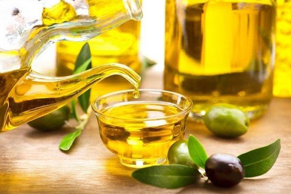 Trẻ hóa da bằng dầu oliu